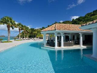 Petite Plage 4 at Grand Case Village, Saint Maarten - Beachfront, Pool, Amazing Sunset View, Jacuzzi - Grand Case vacation rentals