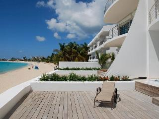 AQUALINA 102...Face the gorgeous Caribbean Sea along one of St. Maartens longetst beaches - Simpson Bay vacation rentals