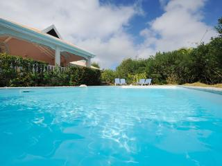 SUNBIRD...  walk to Orient Beach from this casual villa! - Orient Bay vacation rentals