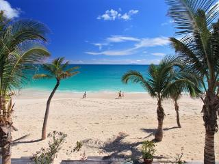 ATLANTIS...* COCO BEACH CLUB...Located right on the beach at Simpson Bay! - Simpson Bay vacation rentals
