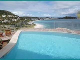 VALHALLA...3 BR rental villa in Oyster Pond, Dutch St Maarten...amazing views, easy walk to beach - VALHALLA...3 BR villa ...amazing views, easy walk to beach - Dawn Beach - rentals