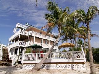 Rum Cove - Brand New - Pool, Slips, 2 Golf Carts - Captiva Island vacation rentals