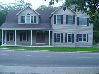 Lovely four bedroom home in Martha's Vineyard - Vineyard Haven vacation rentals