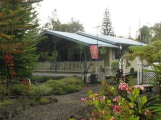 """Our Hawaiian Hideaway""Secluded-Tropical-Paradise - Volcano vacation rentals"