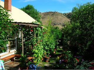 Unique European Cottage - Oasis in Eastern Oregon - Mitchell vacation rentals