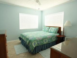 Great Beach Escape! 2br duplex- Mexico Beach, FL - Mexico Beach vacation rentals