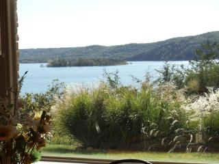 Stunning Condo on Table Rock Lake - Table Rock Lake vacation rentals