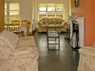DOORNOGUE, family friendly, country holiday cottage, with a garden in Fethard-On-Sea, County Wexford, Ref 4606 - Fethard On Sea vacation rentals