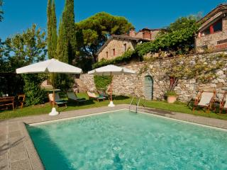 Lucca Farmhouse for Family with Views - Casa Marlia - Lucca vacation rentals