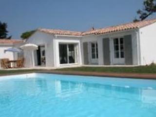 Villa Victoria - La Noue - Ste Marie en Re - Ile d'Oleron vacation rentals