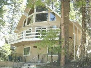 Beautiful, Clean & Bright 3 Bdrm Chalet w/ kayaks - Lake Arrowhead vacation rentals