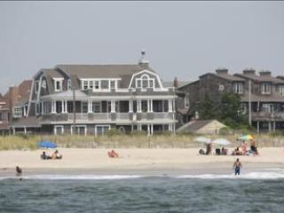 Idyllic House with 5 Bedroom/5 Bathroom in Cape May (95004) - Image 1 - Cape May - rentals