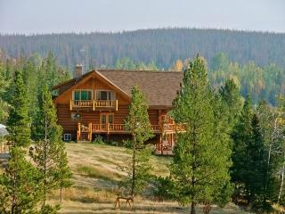 Big Creek Lodge + Cottage your perfect destination - Chilcotin vacation rentals