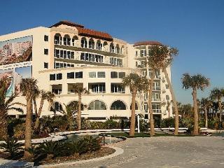 Fabulous beachfront condo at the gorgeous Diamond Beach Resort! - Galveston vacation rentals