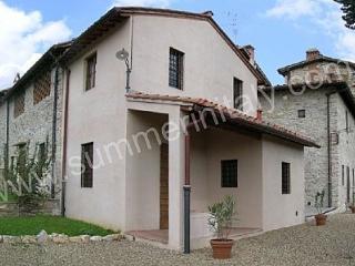 Bright 2 bedroom Grassina Ponte a Ema House with Deck - Grassina Ponte a Ema vacation rentals
