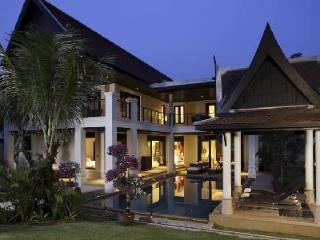 Villa Inara offers a private pool, beach access, sporting and spa facilities & close to nightlife - Bang Tao vacation rentals