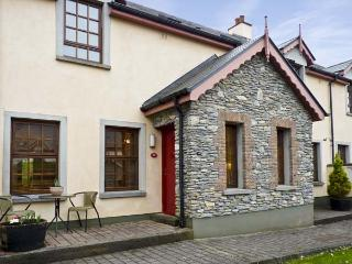 LITTLE BROOK , family friendly, with a garden in Kenmare, County Kerry, Ref 4607 - Kilgarvan vacation rentals