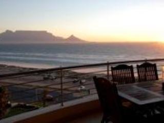 Balcony view - Portico 606 - Cape Town - rentals