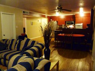 Elegant Tempe Home Near ASU~ from $97 per night! - Gilbert vacation rentals