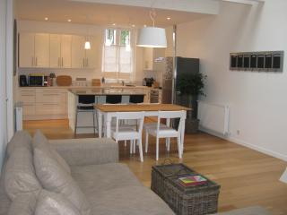 -35% until July 2br house + Loft & Peaceful patio - Biarritz vacation rentals