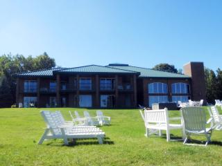 Perfect House with Deck and Internet Access - Traverse City vacation rentals