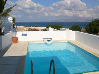 Honeymoon Nest-villa w/private swimming pool - Kastraki vacation rentals