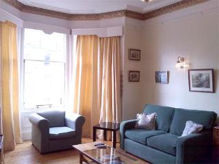 Edinburgh fabulous sunny apartment, Marchmont - Aberdour vacation rentals