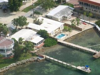 Twelve Bedrooms! Up to 30 peoplePools-Docks-Kayaks - Marathon vacation rentals
