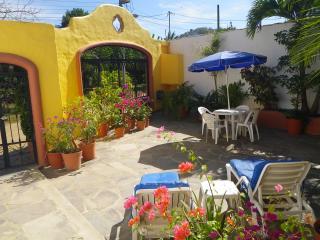 Bright 1 bedroom Condo in Sayulita - Sayulita vacation rentals