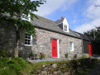 2 bedroom House with Satellite Or Cable TV in Blair Atholl - Blair Atholl vacation rentals