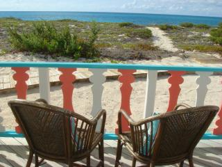Beautiful Villa with Deck and Internet Access - Salt Cay vacation rentals
