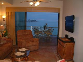 Las Palomas Cristal 907 Luxury 3 Bed Oceanfront - Rocky Point vacation rentals