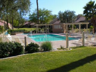 VACATION RENTAL in Palm Desert California - California Desert vacation rentals