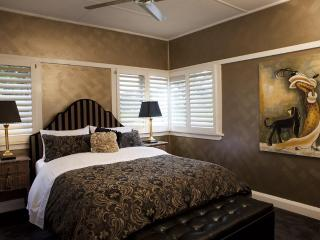 Mountain Whispers - The Gatsby Blue Mountains - Blue Mountains vacation rentals