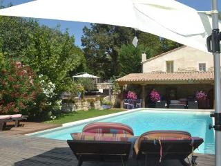 """La Bastide des Micocouliers"" 3 Bedroom St Remy Vacation Home with WiFi, at Provence Paradise - Saint-Remy-de-Provence vacation rentals"