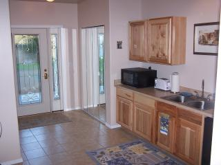 Romantic 1 bedroom Leavenworth Bed and Breakfast with Internet Access - Leavenworth vacation rentals