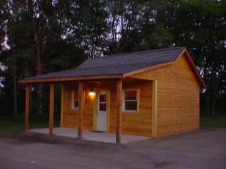 Deeg's Outdoor Adventure Cabins - The Whitetail - Neillsville vacation rentals