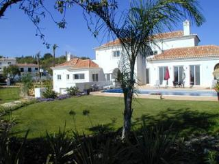 Luxury 5 bed villa overlooking Quinta do Lago - Almancil vacation rentals