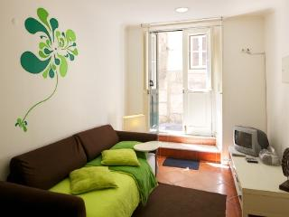 Apartment in Lisbon 98 - Alfama - Lisbon vacation rentals