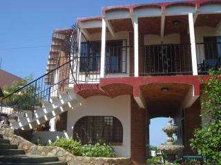 Cozy La Peñita de Jaltemba vacation Apartment with Deck - La Peñita de Jaltemba vacation rentals