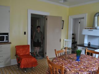Bright 4 bedroom House in Woody Point - Woody Point vacation rentals