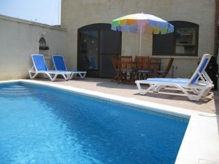 4 bedroom House with Internet Access in Nadur - Nadur vacation rentals