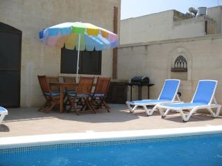 Beautiful House with Internet Access and Toaster - Nadur vacation rentals