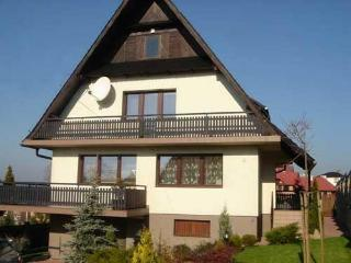 5 bedroom house with log fire & jacuzzi nr Cracow - Rabka-Zdroj vacation rentals