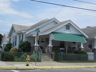 Charming Ocean City Beach Cottage - Ocean City vacation rentals