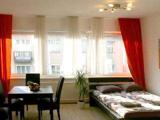 Apartment Vienna City Center - April PROMO - Vienna vacation rentals