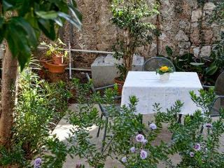 Studio with terrace/near Old Town and beach - Dubrovnik vacation rentals