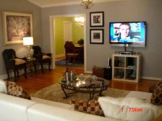 Home in the Heart of Hollywood near Walk of Fame - West Hollywood vacation rentals