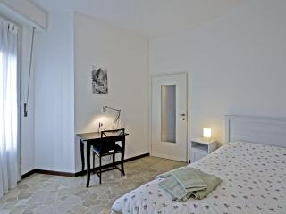 Convenient 3 bedroom Vacation Rental in Milan - Milan vacation rentals