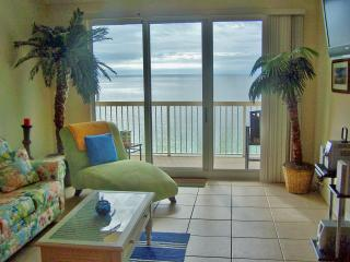 Waterfront 3 Bedroom Condo with Panoramic View from Balcony - Panama City Beach vacation rentals